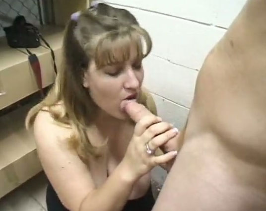 Free shemale movies with older women