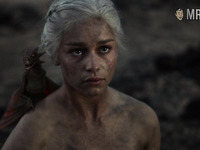 Check out this burnt but alive beauty Emilia Clarke flashing tits