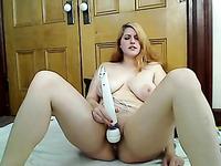 sexy bbw girl loves dildoing herself