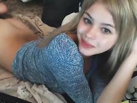 Gorgeous Blonde Camgirl Masturbating