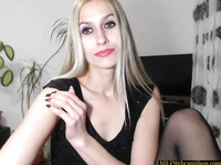 Gorgeous Blonde Mature Webcam Model Playing With Her Pussy
