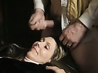 Mature wife came back home and was happy to take facial
