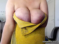 big fat milf fingering her hairy pussy